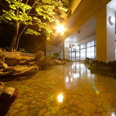 【スタンダード】温泉も料理も満喫!自然散策やトレッキングの拠点に!−夕朝食付−