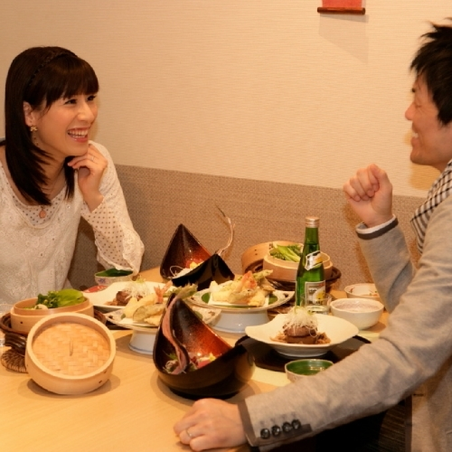【秋☆2人旅カップルプラン】選べる夕食(和洋中60種バイキングorなかさと膳)&客室は広々72平米