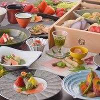 【期間限定】とちおとめ・スカイベリー等3種の苺食べ比べと創作イチゴ料理で春のいちご尽くし
