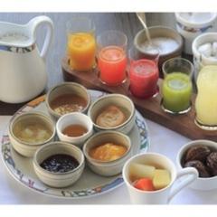 【室数限定】☆朝食付☆ スタンダードルームの料金でデラックスルームにアップグレード!