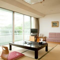 喫煙可★低階層一般客室47平米ツイン+10畳ガーデンスイート