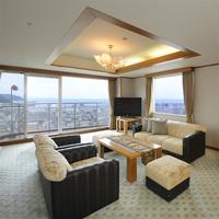 喫煙可★広さ88平米 最上階の特別室 センターウイング館