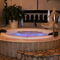 【お日にち限定!貸切風呂無料人気プランがお得】海側客室でお部屋食&伊勢えび舟盛&和牛