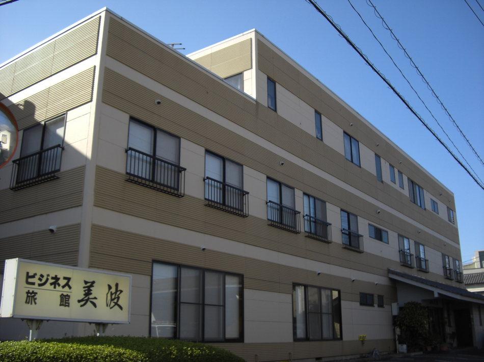 Готенба - Fuji Business Ryokan Minami
