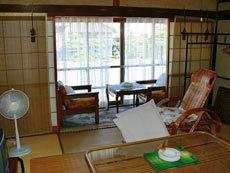 【現金特価】和室8畳(食事なし)バス・トイレ共同
