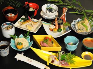 【日本一の桜劇場】角館夜桜見学と春の特選和膳1泊2食スタンダードプラン