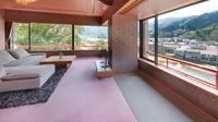 【最上階スイート】和室+リビング+ツインベッド