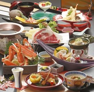 さき楽【早割30日前予約でお得に蟹会席】 ちょこっと蟹とお肉も楽しめるバランス型のスタンダード会席♪