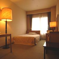 部屋タイプお任せ■シングル客室バストイレ付(15平米)か和室