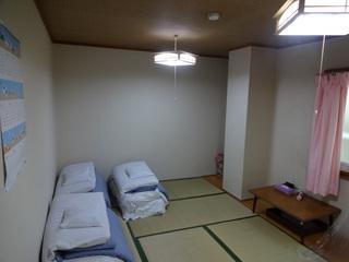 【和室の7.5畳 バストイレ共同*4名様まで宿泊可】