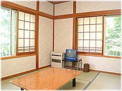 素泊り 窓から富士山が見える和室_ 8 畳