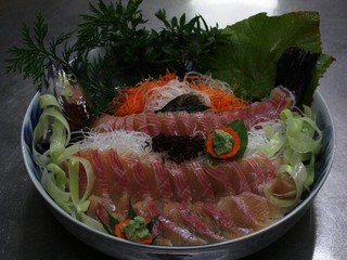 驚きの美味しさの山菜料理と一度食べたら虜になる名物石焼みそとあつあつほっこほこの岩魚塩焼きプラン!