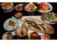 【ウエスト館】【スタンダード】夕食は新潟のうまさぎっしり三国会席!朝食も和食膳の1泊2食付プラン