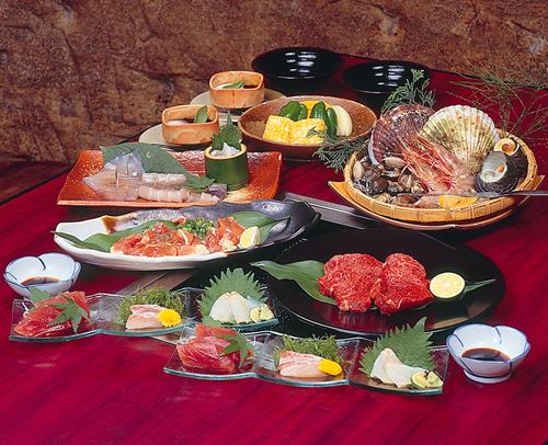 【地酒でほろ酔い旅】お勧め地酒と御酒印帳付き♪松阪肉と伊勢湾の幸♪