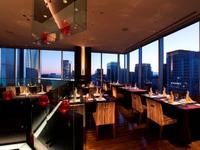 【東京ステイケーション】ホテルでお食事!27階レストランのディナーコース&ドリンク3杯付(朝食付)