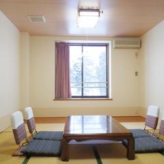 *無線LAN利用OK★和室8畳【トイレ付き】