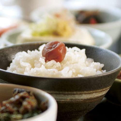 【一泊朝食】 和食が好評☆30種類以上手作り朝食ビュッフェ/最上階展望露天風呂から城下町を望む