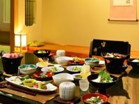 【お部屋にお届け】夕食をお部屋又は個室で楽しむ☆朝食はダイニングで和食ビュッフェ