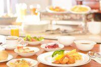 【スタンダードプラン】夕食:英国伝統のトラディショナルディナー 朝食:ブッフェ♪