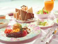 【スタンダードプラン】夕食:英国伝統のトラディショナルディナー 朝食:イングリッシュブレックファスト