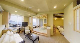 和洋室(温泉+和室+リビング+ベッドルーム)