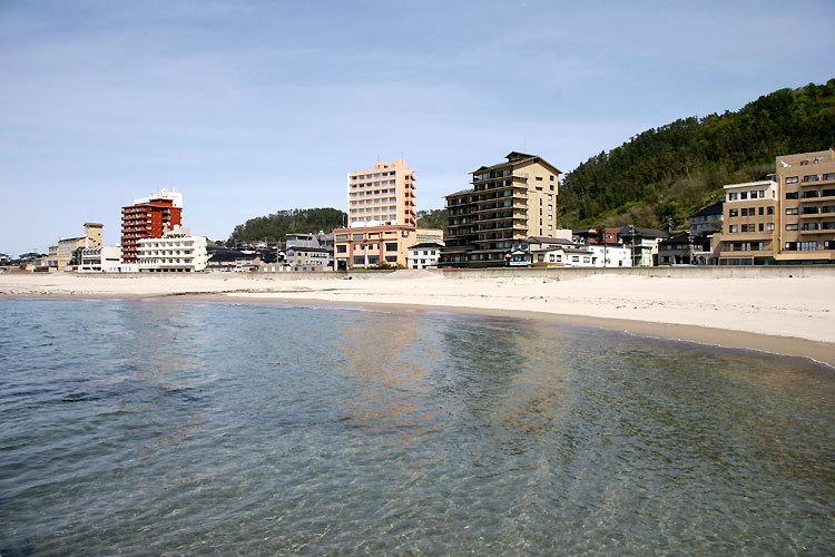 湯の浜ビュー海のホテル(東北ツアーズ協同組合提供)