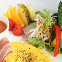【選べる朝食】ホテルCAFE洋朝食or朝市和朝食のいずれかをチョイス