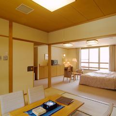 【和洋室タイプ】2ベッド+和室6畳・バストイレ付禁煙室