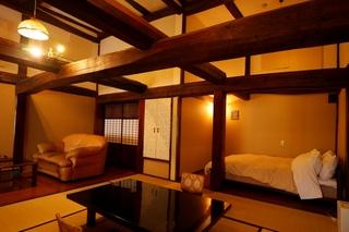 【別館】大人限定!古民家和洋室8畳+13.5平米【禁煙室】