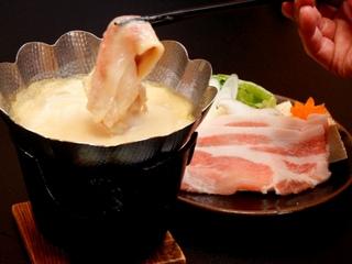 旬の味覚満載!豆乳鍋でポカポカ★冬のグルメプラン♪