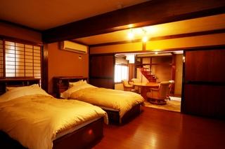 【別館】メゾネット和洋室15畳+32平米ツイン+ジャグジー付