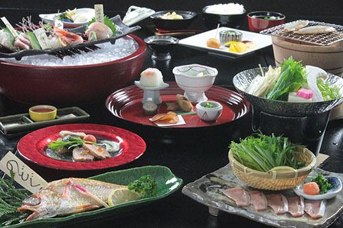 【秋冬旅セール】【スタンダード】 『丸ごとおもてなし』 料理長おすすめ!きときと地魚♪