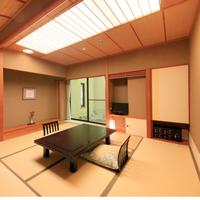 数寄屋造り純和室【和室8畳】バス/温水洗浄トイレ付