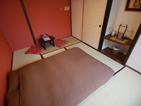 【6畳和室】 ダブルサイズ布団が1セット(バス・トイレ共用)
