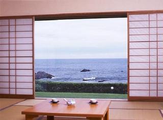太平洋一望の次の間付き和室 ■禁煙■