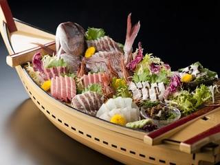 【豪快舟盛り】大漁御礼!舟盛り付きプラン