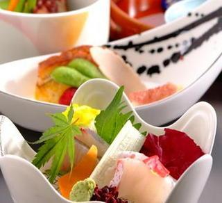 【和食・洋食・中華】選べるディナー&朝食バイキング付【1泊2食】♪WiFi・駐車場無料【添い寝無料】