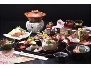 【グレードアップ懐石】◆特選料理で味わう京都◆お抹茶のウェルカムドリンク&白味噌チーズケーキ付き◆
