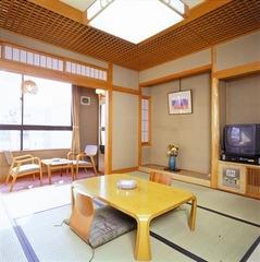 和室8畳【バス・温水洗浄トイレ付/wi-fi接続可】