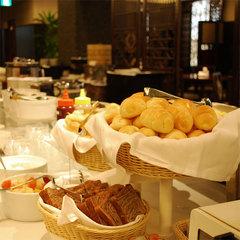 【J-SMART300】『ホテル日航大分 オアシスタワー』開業記念ボーナスマイル100込<朝食付>