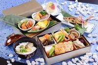 長良川鵜飼 船上夕食プラン メインのお重は温かく !ホテルパーク特製2段重