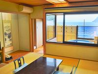 駿河湾を望む半露天風呂付「和室10畳」
