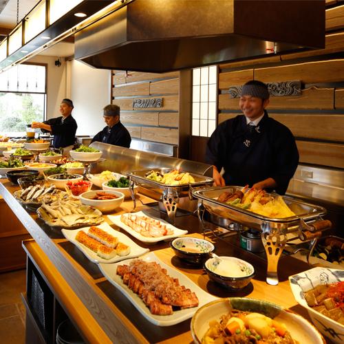 【朝食付】割烹ダイニング丸忠にて約60種類のブッフェ!お好きなものを好きなだけ〜