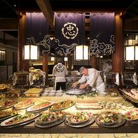 <さき楽・早めのご予約がお得♪>夏季限定「ディナーブッフェ」が、ふたりで【5,000円OFF!】