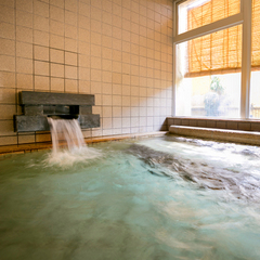 【1泊素泊りプラン】コンビニ徒歩1分・持ち込みOK★大浴場は25時まで☆道後温泉でリフレッシュ♪