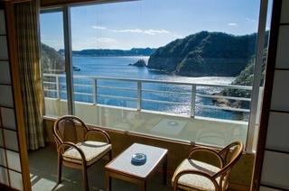 【和歌山県有給休暇取得促進応援プラン】「基本プラン」夕食は新鮮な海&山の幸の会席料理(10品)