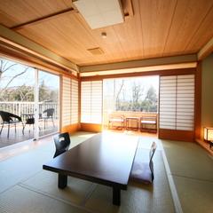 三世代旅行にピッタリ☆和室&和モダンの角部屋【10畳+6畳】