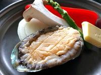 【女将のおすすめ】《平日限定》カニ・アワビ・ローストビーフの和会席!料理と温泉を楽しむ♪