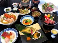 【春の贅沢】「信州牛ステーキ」「カニ味噌鍋」「アワビの肝ソース添え」さらに名物「ローストビーフ」雅膳
