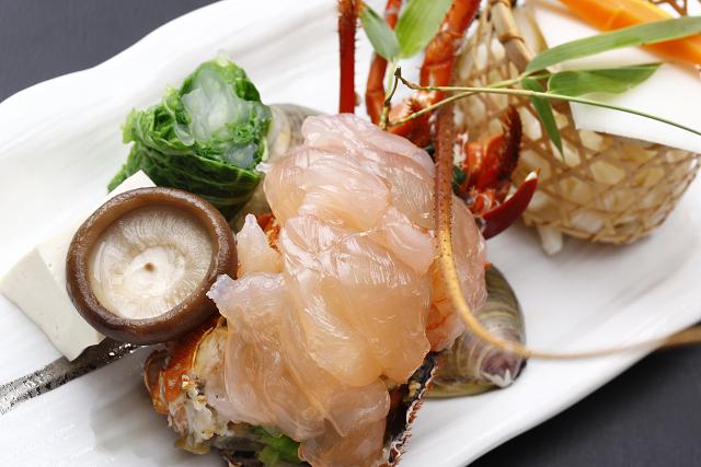 【伊勢海老しゃぶしゃぶ】海の幸を贅沢に懐石料理の1品として『プリッ!プリッ!』おすすめプラン♪
